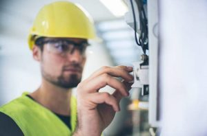 5 Ways Arc Flash Analysis Helps Your Business